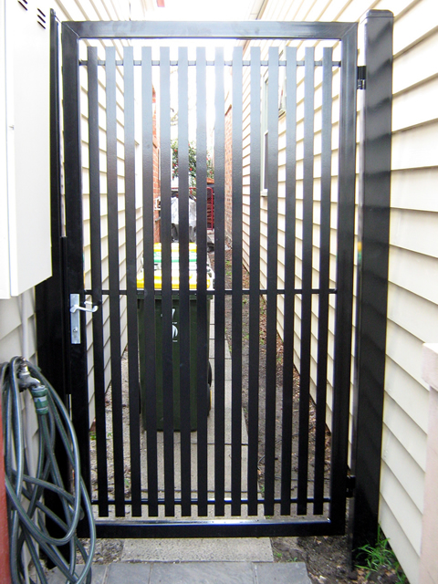 Security Gate GD135