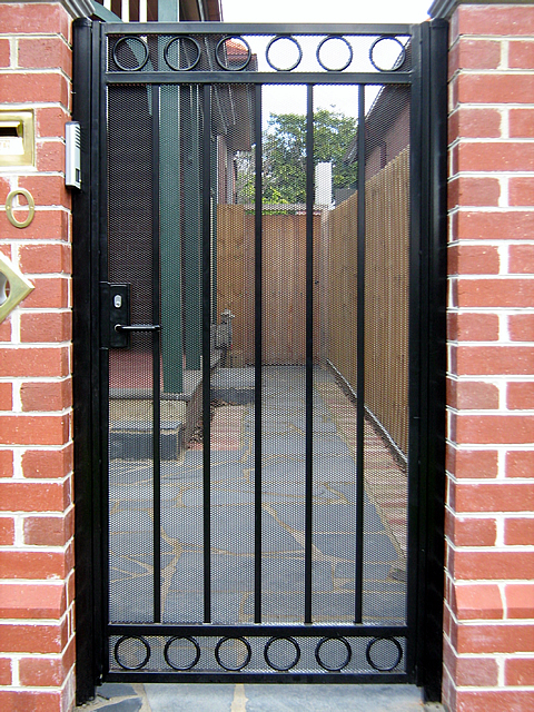 Security Gate GD138a