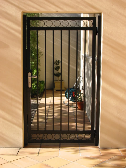 Security Gate GD24