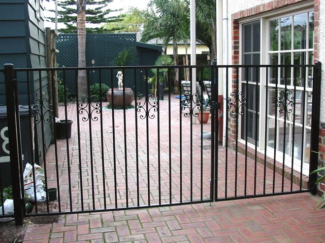 Security Gate GD62
