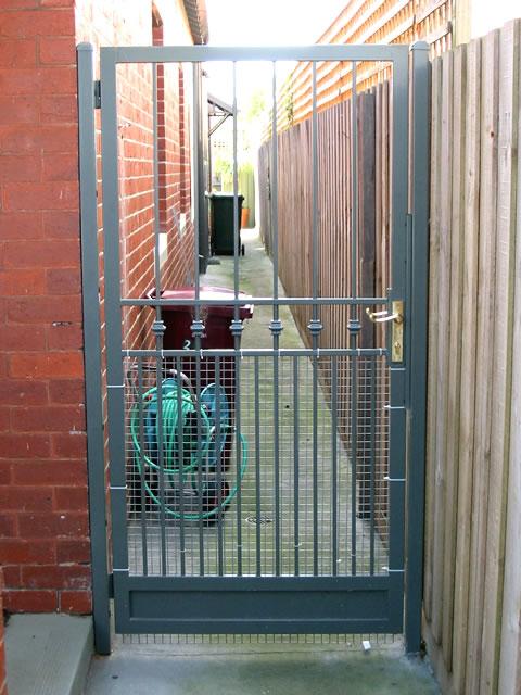 Security Gate GD75
