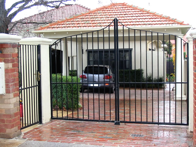 Security Gate GD84